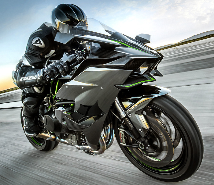 moto vitesse jeune permis